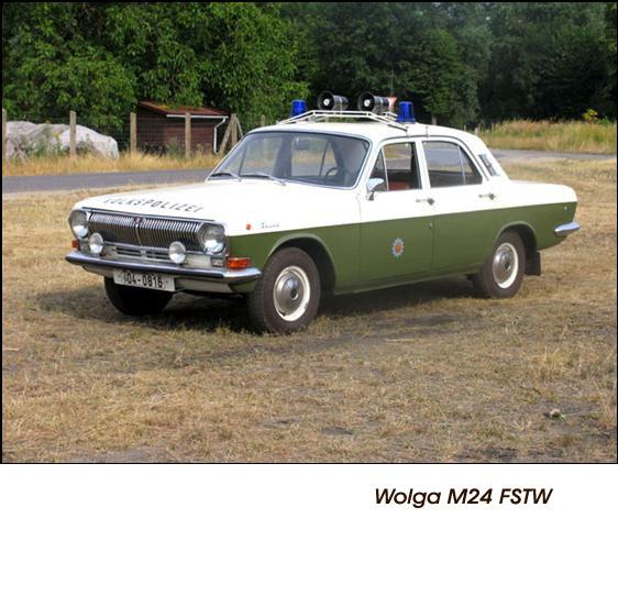 DDR Polizeifahrzeuge Volkspolizei Deutsche Demokratische Republik Polizeiautos Wolga M24 FSTW